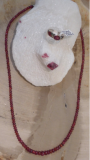 rotes Spinell Collier