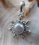 Perle Sonnen Anhänger, klein